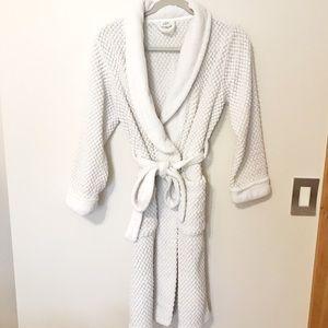 EUC Ulta Beauty Bath Robe